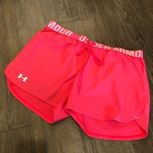 Under Armour Hot Pink Play Up Shorts Size Large